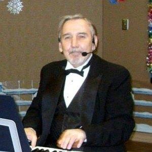 Piano player, Jerry E. Smith
